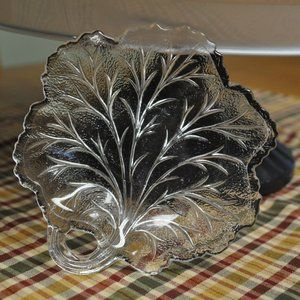 Indiana Glass Co. Leaf Dish